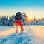 Escursioni con le ciaspole lungo i sentieri di montagna